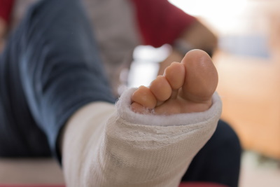 Foot injuries caused by a lack of work safety boots claims guide