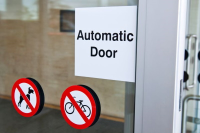 Making a faulty automatic door injury claim guide